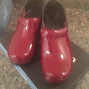 Women professional shoes